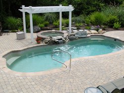 <div class='closebutton' onclick='return hs.close(this)' title='Close'></div><div class='firstH'><img src='images/logo-white-small.png'></div><h1>Free Form Fiberglass Pool</h1><p>Free Form - Rockport Fiberglass Pool #003 by Stoker Pools</p><div class='getSocial'><h1>Share</h1><p class='photoBy'>Photo by Stoker Pools</p><iframe src='http://www.facebook.com/plugins/like.php?href=http%3A%2F%2Fstokerpools.com&send=false&layout=button_count&width=100&show_faces=false&action=like&colorscheme=light&font&height=21' scrolling='no' frameborder='0' style='border:none; overflow:hidden; width:100px; height:21px;' allowTransparency='true'></iframe><br><a href='http://pinterest.com/pin/create/button/?url=http%3A%2F%2Fwww.stokerpools.com&media=http%3A%2F%2Fwww.stokerpools.com%2Fimages%2Fgalleries%2Fconcrete%2Fwm%2Fconcrete-pool-by-stoker-pools-001.jpg&description=Pools' data-pin-do='buttonPin' data-pin-config=\'above\'><img src='http://assets.pinterest.com/images/pidgets/pin_it_button.png' /></a><br></div>